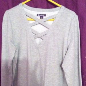 Nwotbnbc it came in a package gray tunic
